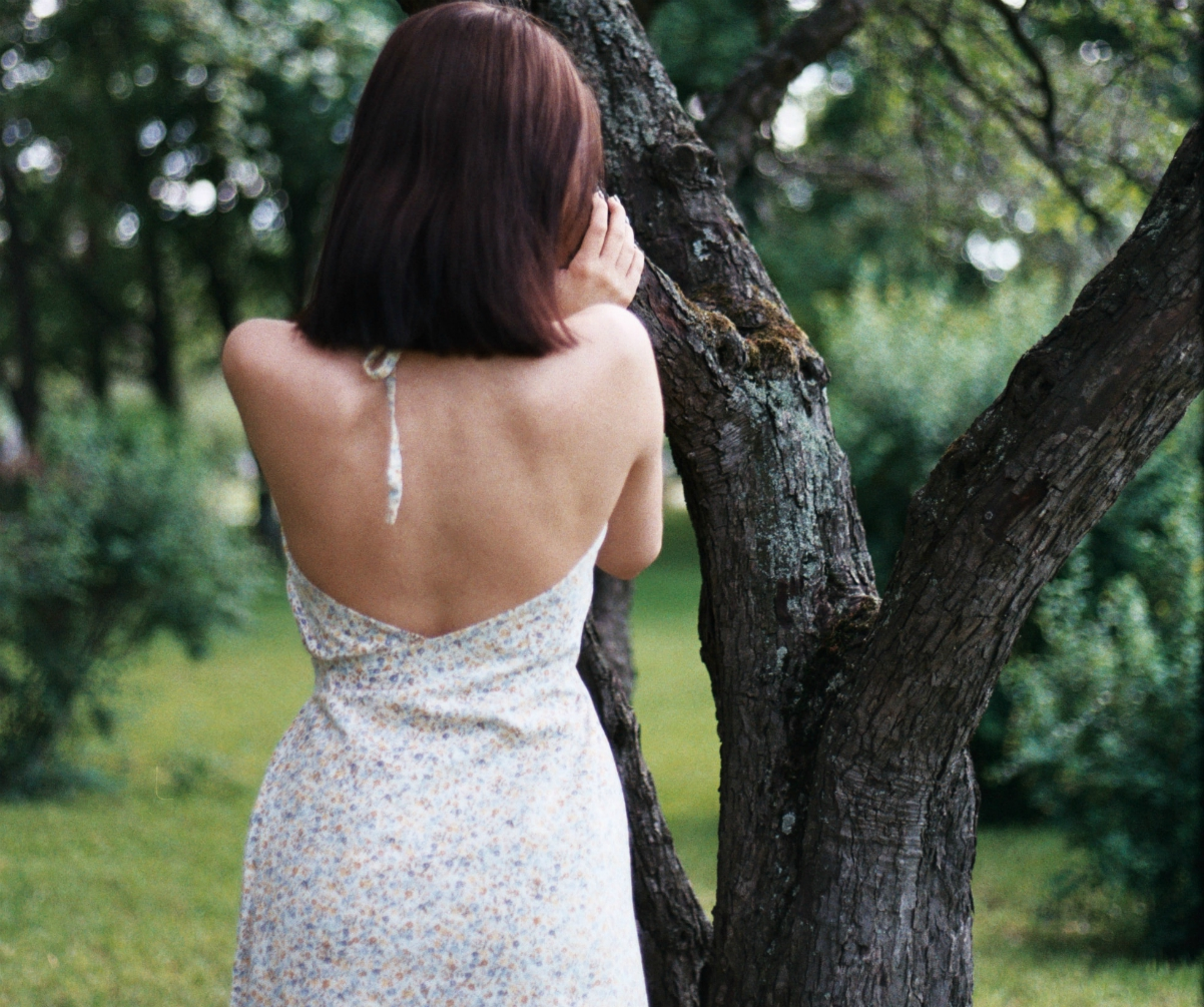 The quirky backless mini dress