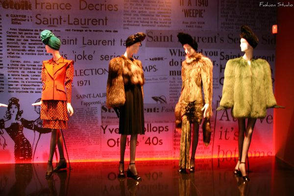 MADRID_12_-_Yves_Saint_Laurent_Exhibition