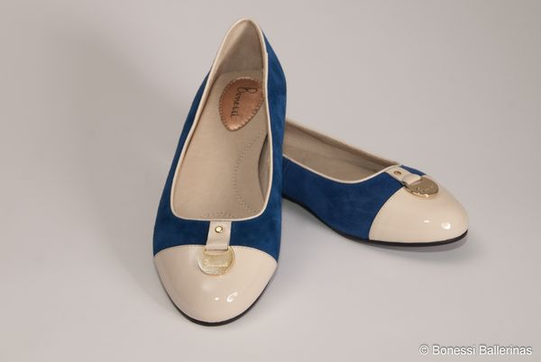 Bonessi_Ballerinas_blue_shoe