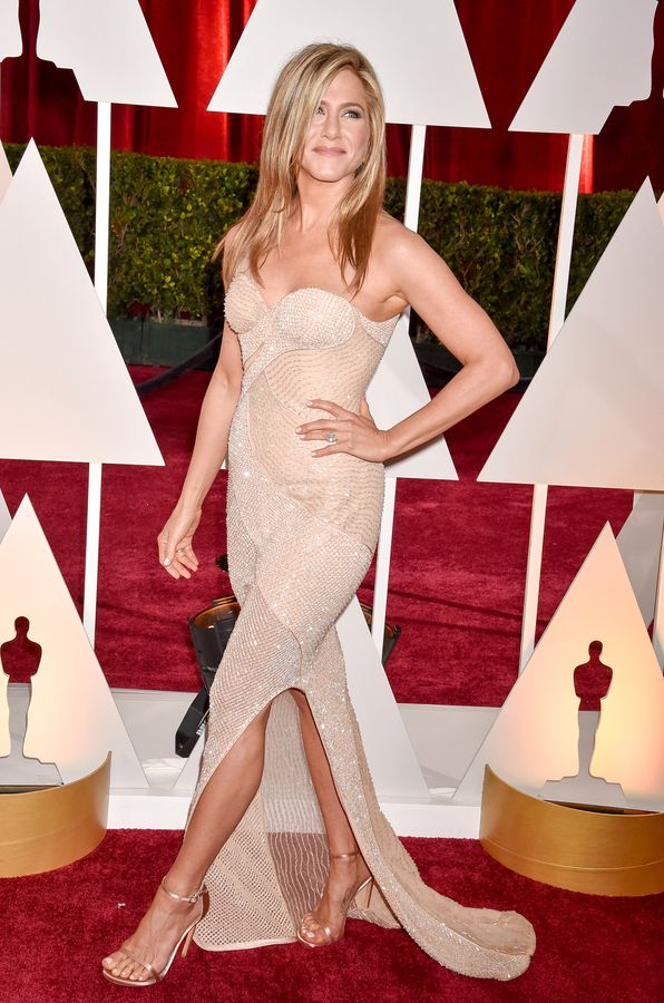 Jennifer aniston high heels oscars result