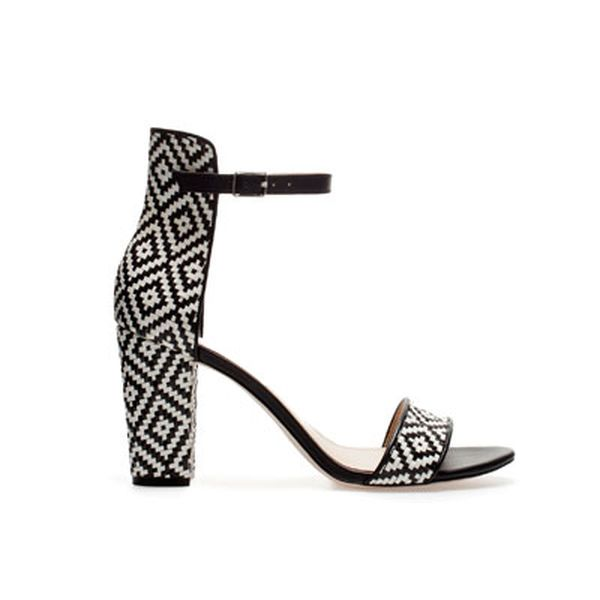 wide_heel_sandal_with_ankle_strap