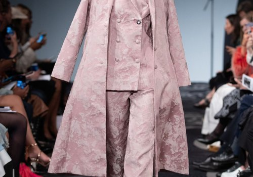 APUJAN SS20 'A Strange Thief of Time'