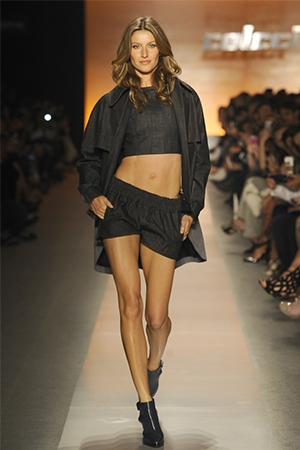 Gisele retires from the catwalk