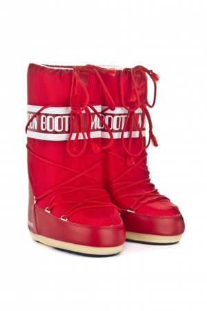 Moon Boot: How to Make Snow Boots Look Cool