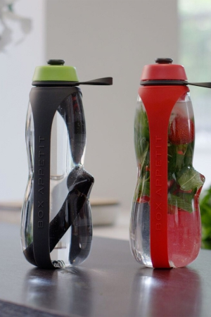 Eau Good Duo Charcoal Filter & Fruit Infuser Bottle Launches on Kickstarter
