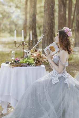 6 Tips To Help You Pick A Wedding Dress